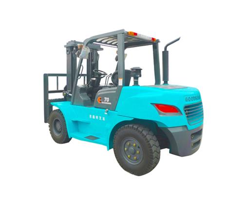 5-7吨内燃平衡重式柴油叉车