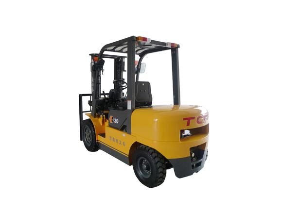 3-4吨 TCF内燃平衡重式柴油叉车